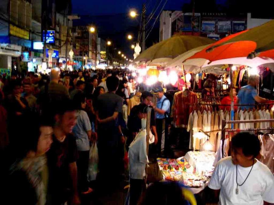 Bangkok Info Guide : Saphan Phut Night Market - Chinatown ...